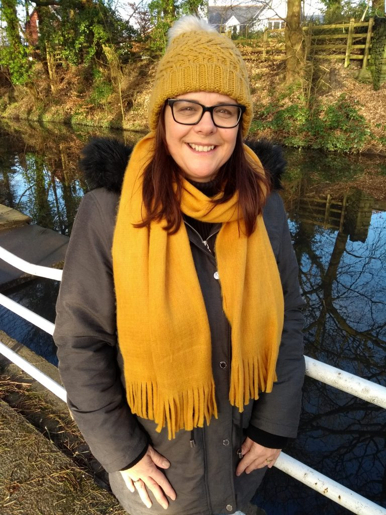 M&S Ochre Winter Hat and Scarf